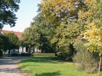 Altwriezen-Dorfplatz