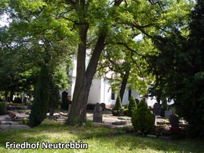 Friedhof-Neutrebbin