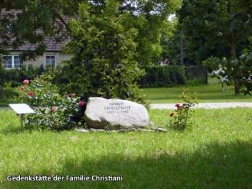 Gedenkstaette-der-Familie-Christiani