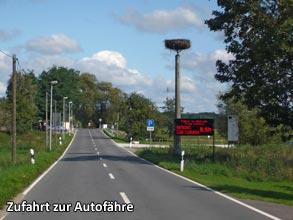 Zufahrt-zur-Autofaehre